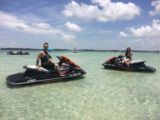 Bradenton Beach, فلوريدا: Our sandbar tour