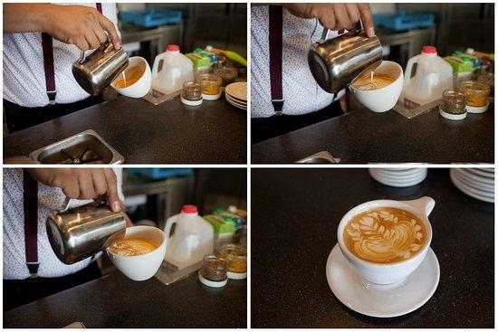 อูไคย่า, แคลิฟอร์เนีย: Latte art, step-by-step