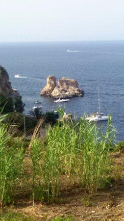 Spiaggia dei Faraglioni: I faraglioni - Scopello.