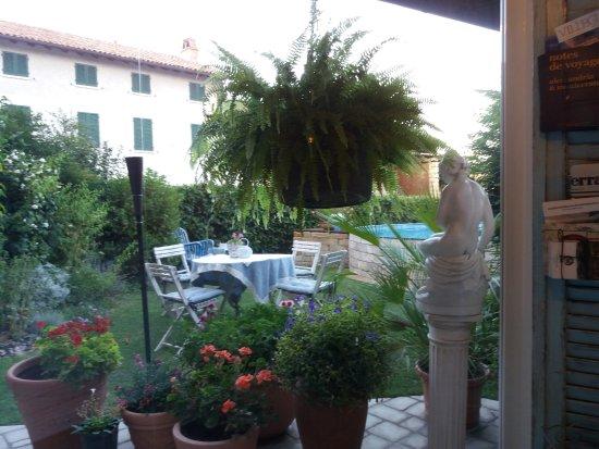 Occimiano, Italy: 20170814_194848_large.jpg