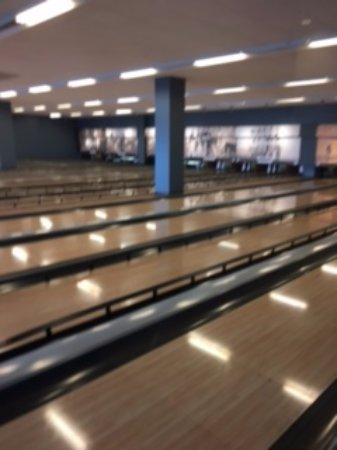North Bethesda, MD: Bowling
