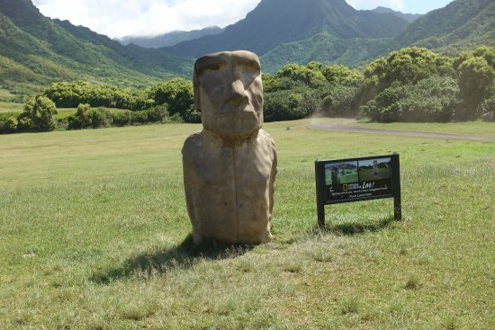 Kaneohe, Havaí: Easter Island prop