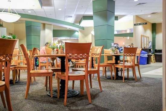 Main Dining area at Montrose Memorial Hospital.