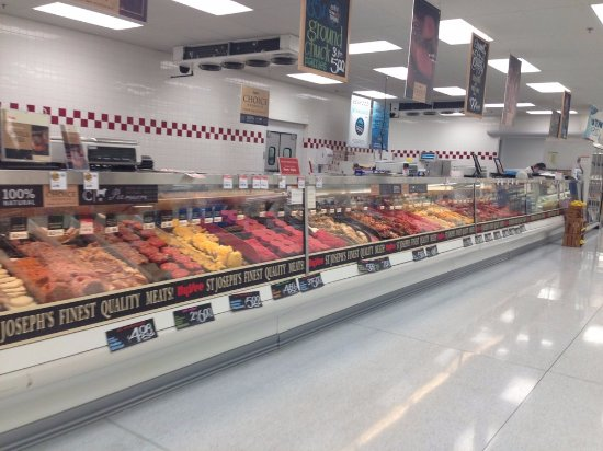 Saint Joseph, MO: Hy-Vee Meat Counter