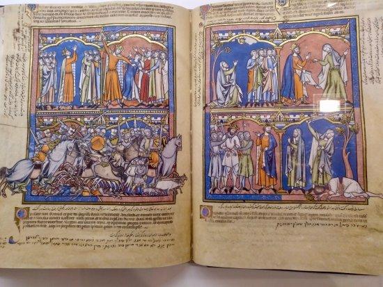 Понферрада, Испания: Book exhibited at the Templar Library