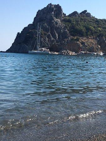 Mesudiye, Turquía: Hayıtbükü ve Ovabükü denize girmek icin harika koylar