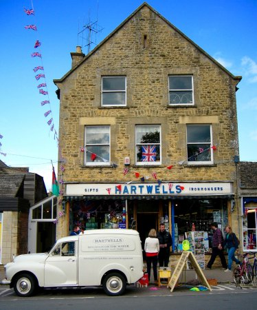 Hartwells Cotswold Cycle Hire