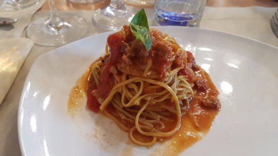 None, Италия: tagliolini al ragù di verdure