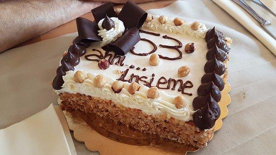 None, Италия: torta