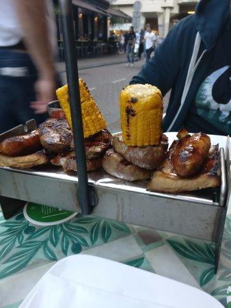 Castillo tapas y steaks: Meaty feast!