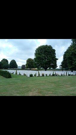 British War Cemetery: Screenshot_20170811-224714_large.jpg