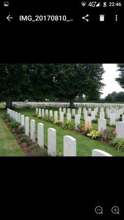 British War Cemetery: Screenshot_20170811-224657_large.jpg