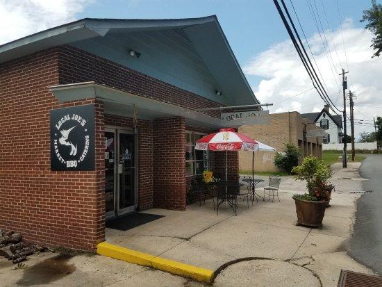 Cave Spring, GA: Local Joe's