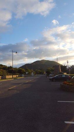 Kerry Ocean Lodge : Glenbeigh village