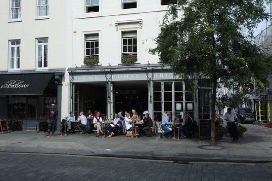 The Thomas Cubitt : Bar at Thomas Cubitt, Elizabeth Street