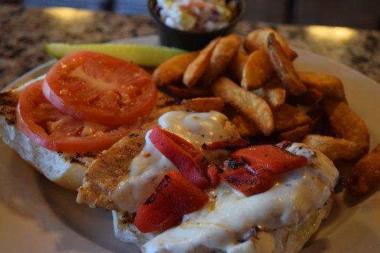 North Haven, CT: Chicken Sandwich