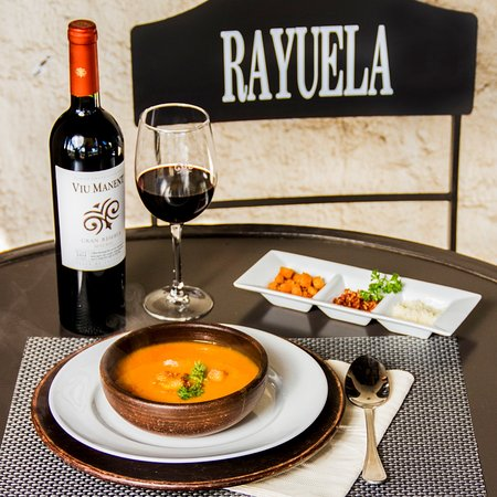 Rayuela Wine & Grill at Vina Viu Manent, Santa Cruz - Restaurant