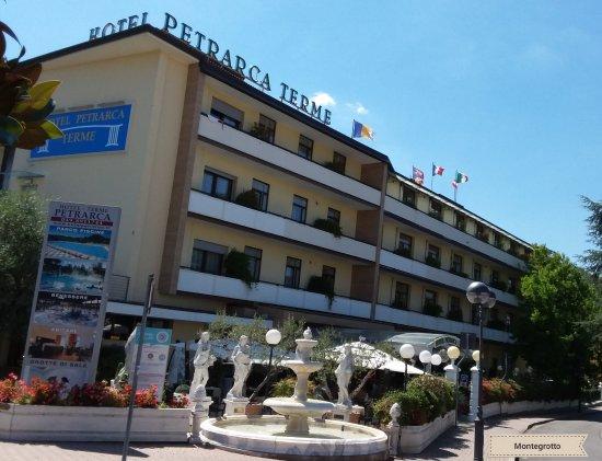 Hotel Petrarca Montegrotto Terme Prezzi