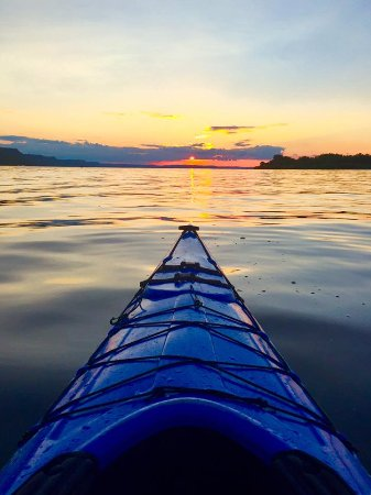 Wabasha, MN: sunset kayak...my iPhone doesn't do it justice