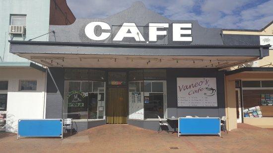 Nyngan, Australia: Vaneo's Cafe