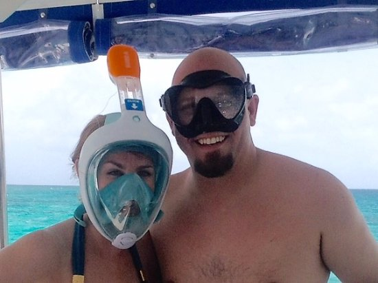Jolly Harbour, Antigua: Snorkel time! The full-face mask is THE way to go.