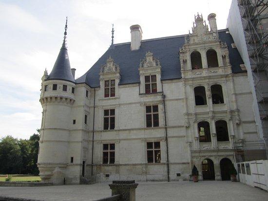 Azay-le-Rideau, France : The Fairy Tale Castle on Loire's Valley