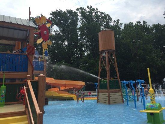 Quarryville, PA: Yogi Bear's Jellystone Park - Water Park