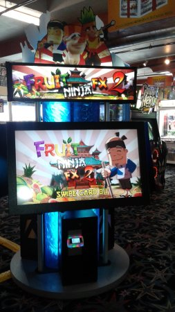 Long Beach, WA: Like Fruit Ninja? Then try our Fruit Ninja FX2! It has new blades, fruit & visuals! #FunlandLB