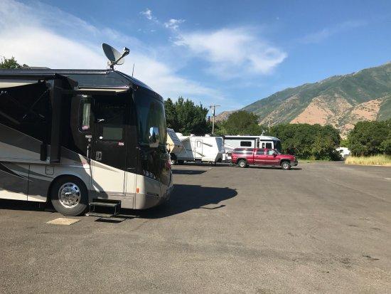 Spanish Fork, UT: Canyon View RV Park aka Parking Lot