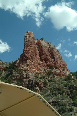 Clarkdale, AZ: Rock outcropping.