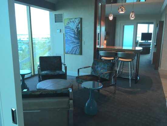 Mandalay Bay Two Bedroom Suite Ayathebook Com