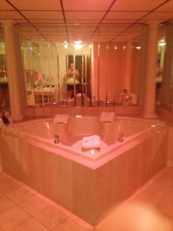 International Inn and Suites on Cape Cod: Princess Suite