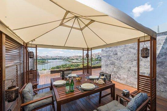 Terrace suites istanbul stanbul t rkiye villa for Terrace villa hotel kutus