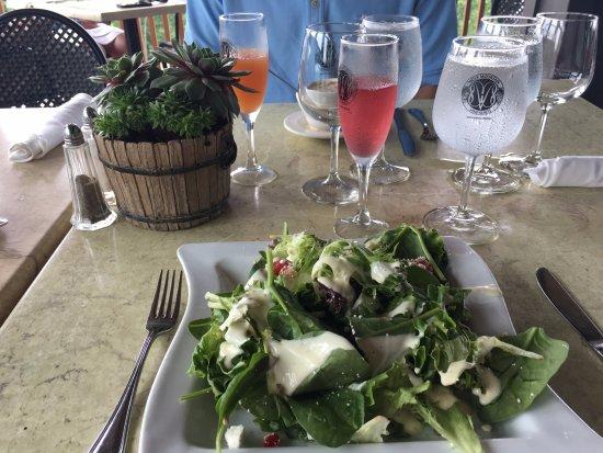 ดาห์โลนีกา, จอร์เจีย: Amazing salad from the Sunday brunch buffet