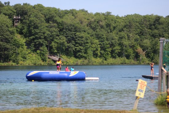 Township of Whitewater Region, Canadá: Water trampoline