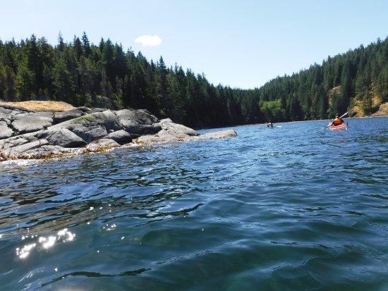 Black Creek, Canada: Close to shore