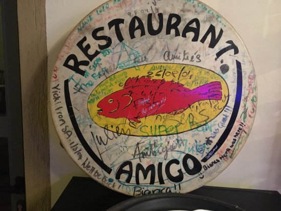 Cap Malheureux: Un petit souvenir du restaurant Amigo avant sa rénovation. A l'époque, la tradition voulais que