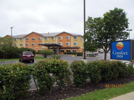 Comfort Inn Gurnee - UPDATED 2017 Prices & Hotel Reviews ...