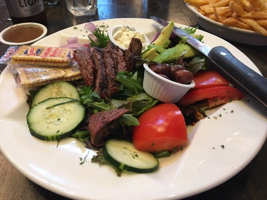 Belton, Teksas: Avocado Steak Salad....Incredible!