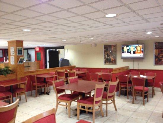 Quality Inn Orlando Airport: Bom cafe da manha continental