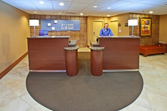 Holiday Inn Express Northwest-Park 100 : Visit our front desk where our team is here to serve you 24-7