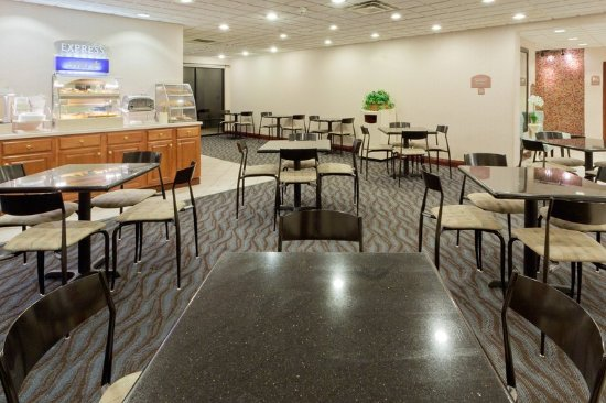 Holiday Inn Express Charleston Southridge Updated 2018 Hotel Reviews Price Comparison
