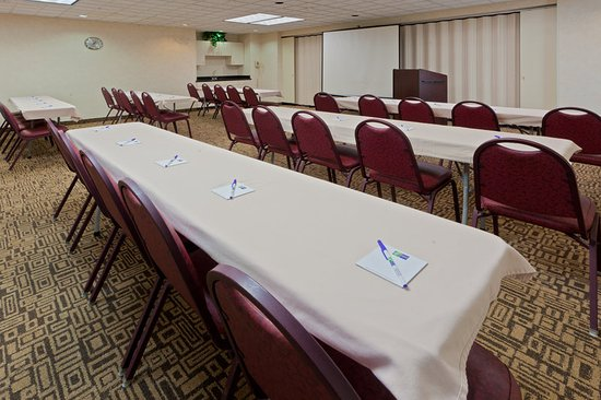 South Charleston, WV: Large and Small Conference Rooms to meet any business needs!