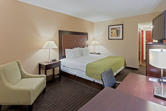 South Charleston, WV: Enjoy a great night of rest on soft or firm pillows in a King bed