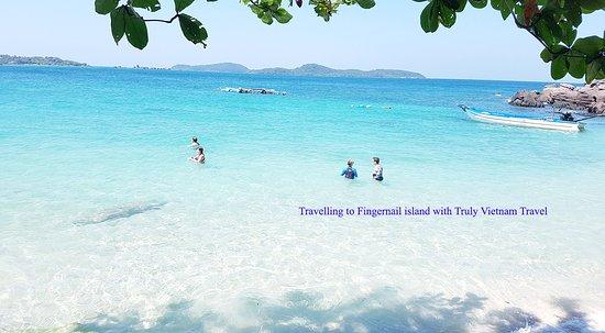 Fingernail island - A paradise beach island in Phu Quoc