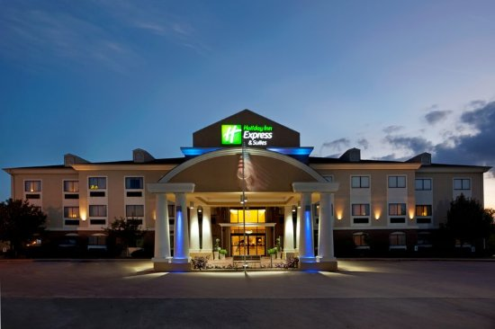 Welcome to the Holiday Inn Express & Suites in Elgin, TX