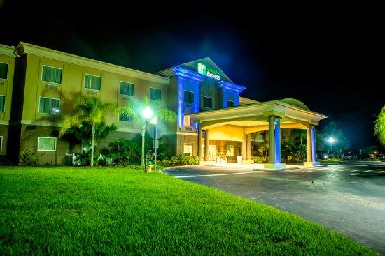 Cocoa, FL: Hotel Exterior