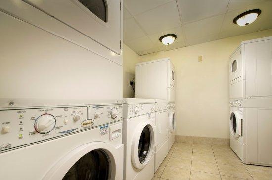 Линтикум-Хайтс, Мэриленд: Laundry Facility