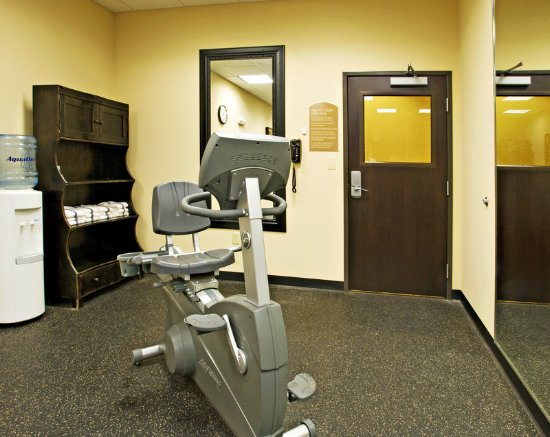 Holiday Inn Express Hotel & Suites Wichita Falls: Fitness Center