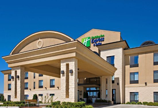 Holiday Inn Express Hotel & Suites Wichita Falls: Hotel Exterior
